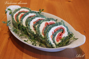 SPINACH ROLLUP WITH SALMON